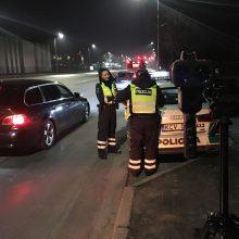 Vakarinis reidas Kaune: beteisis nepilnametis vairuotojas ir šūsnis lakstūnų