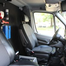 Nelegalius migrantus pasieniečiai vežios iš Olandijos gautais mikroautobusais