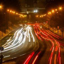 Vairuokite atsargiai: keliai – slidūs