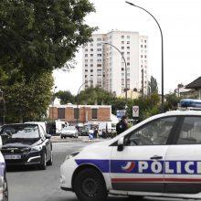 Prancūzijoje sunaikintas lietuvio automobilis su antikvarinėmis vertybėmis