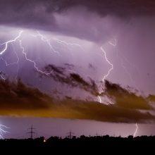 Savaitės orai: šilumos rekordai ir liūtys su žaibais