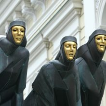Renginių gidas: klyksmas vaiduoklių mieste ir J. Tumo-Vaižganto komedija