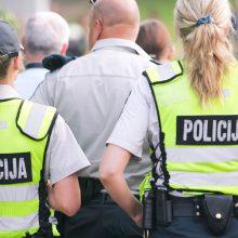 Kontrabanda įtartas vyras susigrūmė su policija – sužalota tyrėja