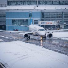 Nuo žiemos pilkumos lietuviai gelbėjosi skrydžiais į Italiją ir Egiptą