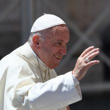 Paskelbta, kur Vilniuje ir Kaune lankysis popiežius