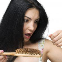 Slenkantys plaukai – ligų, streso ar prastų įpročių rodiklis
