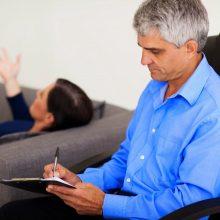 Belaukiant veiklos licencijavimo įstatymo psichologu gali dirbti bet kas?