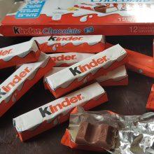 """Nesaugūs skanėstai vaikams – muilo skonio """"Kinder chocolate"""" batonėliai"""