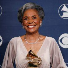 """Mirė """"Grammy"""" pelniusi džiazo dainininkė N. Wilson"""