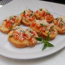 Paragaukite Italijos – du brusketos receptai