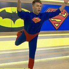 "Rytinė ""Superherojų"" mankšta kartu su Supermenu tapusiu I. Krupavičiumi"