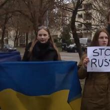 Prie Rusijos ambasados Vilniuje – protestai dėl Ukrainos laivų užgrobimo