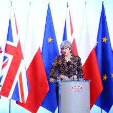 D. Britanijos premjerė pažadėjo sėkmingą išstojimą iš ES