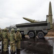 """Grėsmingas Kremliaus pranešimas: šalia Lietuvos bus išbandomos """"Iskander"""" raketos"""