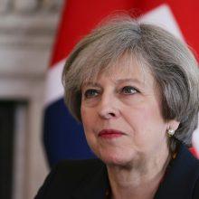 """Th. May gresia dar vienas pralaimėjimas """"Brexit"""" sagoje"""