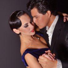 """Žiūrovų kraują kaitins prasidedantys jausmingi """"Tango Argentino"""" pasirodymai"""