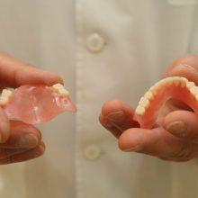 Dantų protezavimas: mitai ir tikrovė