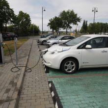 Lietuvoje daugėja elektromobilių