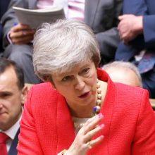 """Britų parlamentas pritarė naujai Th. May strategijai dėl """"Brexit"""""""