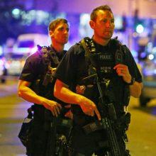 Londone priemiestyje pašauti 13 ir 15 metų paaugliai