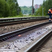 Šiaulių rajone traukinys mirtinai sužalojo žmogų