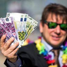 Iš viešųjų pirkimų Seimo nariai siekia eliminuoti nusikaltusias įmones