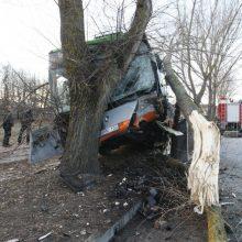 Per parą dėl sutrikusios vairuotojų sveikatos – net trys avarijos