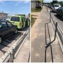 Dėl trijų automobilių avarijos Raudondvario plente – didžiulės spūstys