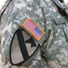 """Į muštynes Laisvės alėjoje įsivėlė JAV karys – """"įpūtė"""" virš 2 promilių"""