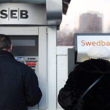 SEB žada nemokamą pinigų gryninimą užsienyje: ko laukti kitų bankų klientams?