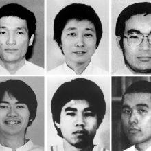 Japonija įvykdė egzekucijas dar keliems 1995-ųjų zarino atakos vykdytojams
