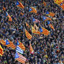 Barselonoje tūkstančiai demonstrantų reikalavo Katalonijos nepriklausomybės