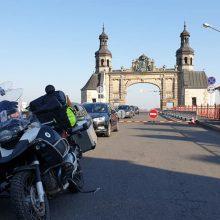 Keliautojams motociklu – pirmi išbandymai
