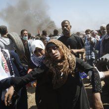 Per protestą įkvėpęs ašarinių dujų mirė palestiniečių kūdikis