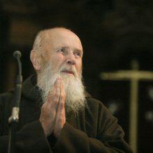 Giruliuose prisimins Tėvą Stanislovą