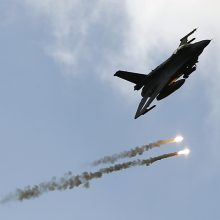 Kroatija grasina atsisakyti planų įsigyti iš Izraelio naikintuvų F-16