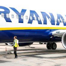 """""""Ryanair"""" per dieną atšaukia 40-50 skrydžių <span style=color:red;>(pakeitimų sąrašas)</span>"""