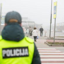 Kaune reidą vykdę pareigūnai: pėstieji perėjose iš rankų nepaleidžia telefonų