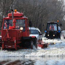 Potvynis kelyje į Rusnę: ruošiamasi skelbti ekstremalią situaciją