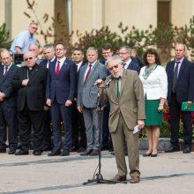 V. Landsbergis: sovietų kariuomenės išvedimas buvo ir Lietuvos, ir Rusijos pergalė