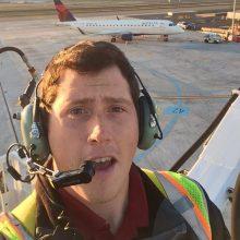 Lėktuvą pagrobusio mechaniko draugiškas tonas slėpė desperatiškus veiksmus