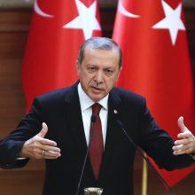 Turkijos prezidentas tikisi atkurti gerus santykius su JAV