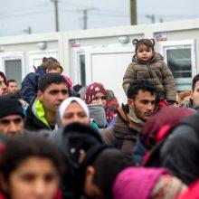 Turkija grasina siųsti į Europą po 15 tūkst. pabėgėlių per mėnesį