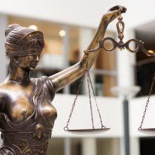 Teismas nutraukė bylą dėl Širvintų politikų priesaikos