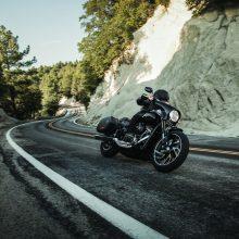 """Naujasis """"Harley-Davidson Sport Glide"""" pasiruošęs kelionėms"""