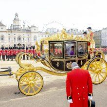 Britų karalienė Elizabeth II priima Nyderlandų karalių ir karalienę