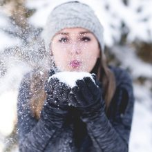 Beldžiasi žiema: šaltukas laikysis jau ir dienomis