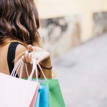 Apklausa: vyrų apsipirkinėjimo įpročiai beveik nebesiskiria nuo moterų