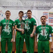 Svarsčių kilnojimo čempionai Lietuvos garbei surengs išskirtinę akciją