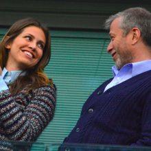 """""""Chelsea"""" savininkas R. Abramovičius išsiskyrė su žmona"""
